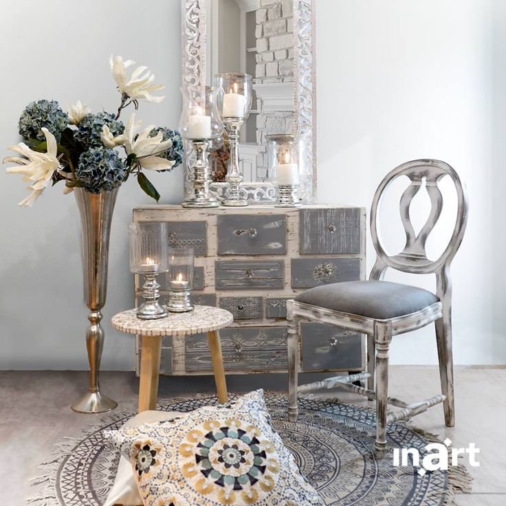 When you come face to face with a beauty so intense it take your breath away… time stops. And while you feel like clocks stop ticking you create a moment that becomes your most treasured memory. It's called #inartLiving