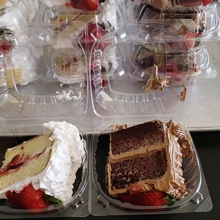 Delicious tres leeches and chocolate cake we cater