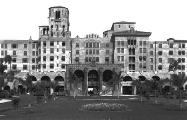 Florida Memory - View showing the west facade of the Hollywood Beach Hotel - Hollywood, Florida
