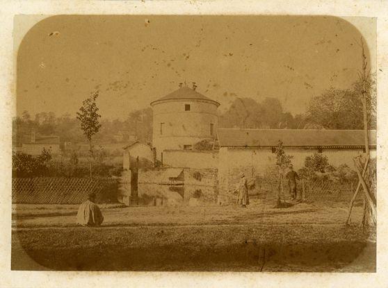 Grignon, pigeonnier, photographie ancienne, 1890-1910 / ©Musée du Vivant - AgroParisTech