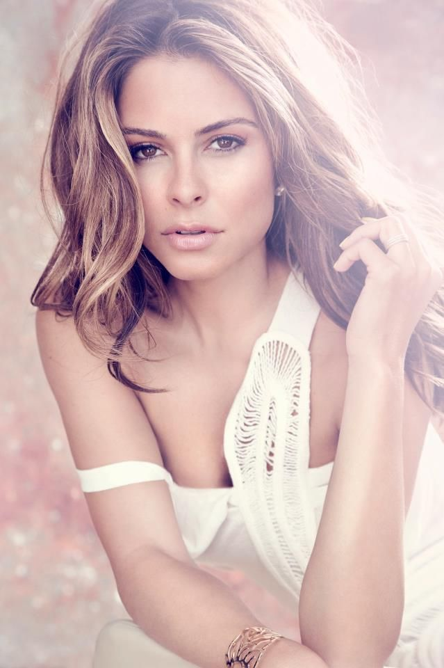 1000 images about maria menounos on pinterest golden - Maria gallay ...