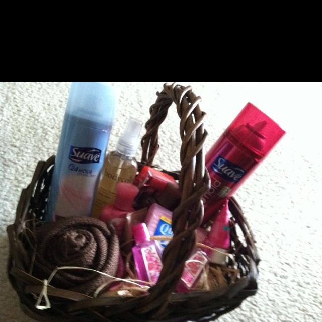 My DIY bathroom basket for women s room. Best 25  Diy bathroom baskets ideas on Pinterest   Cheap baskets