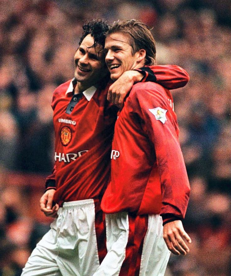 David Beckham with Ryan Giggs in 1997