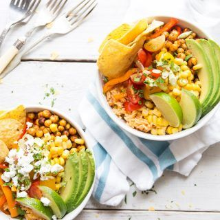 Easy Veggie Burrito Bowls  A healthy burrito bowl ready in 30 minutes. What are you waiting for?   www.wildeorchard.co.uk