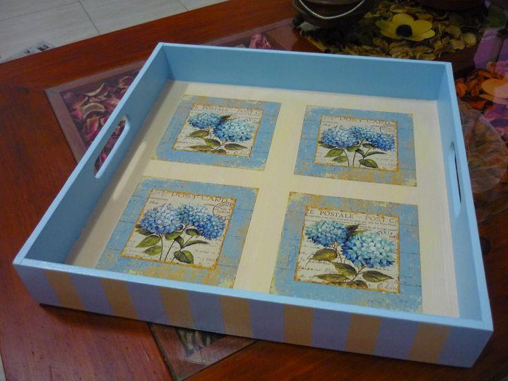 Caja pintada a mano + decoupage