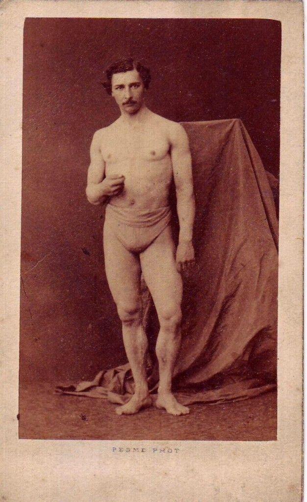 Simi nude