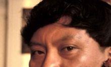 El líder indígena brasileño Davi Kopenawa, de la etnia Yanomami, solicitará a las instancias de derechos humanos de la ONU que se opongan a la reglamentación de la extracción de minerales en las tierras autóctonas de la Amazonía. Ver más en: http://www.elpopular.com.ec/45603-lider-indigena-brasileno-busca-apoyo-de-la-onu-ante-ley-de-extraccion-minera.html