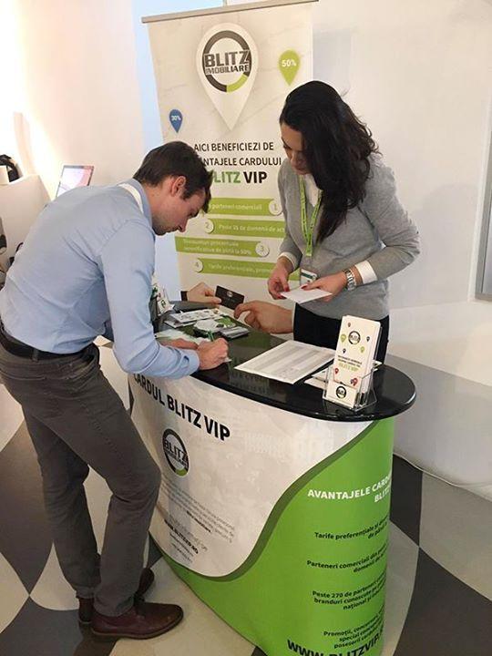 Azi în cadrul evenimentului MKT4IT organizat de partenerii noștri Loopaa am oferit cardurile gratuit participanților. Ne-am bucurat de prezența colaboratorilor noștri care ne-au împărtășit feedbackul lor în urma utilizării acestuia la partenerii comerciali și care au fost încântați de discounturile primite.
