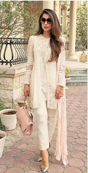 Pakistani Eid outfit by Shehla Chatoor. More