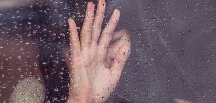 9 signes qui indiquent que votre partenaire vous détruit émotionnellement. Le 9ème est le plus atroce !