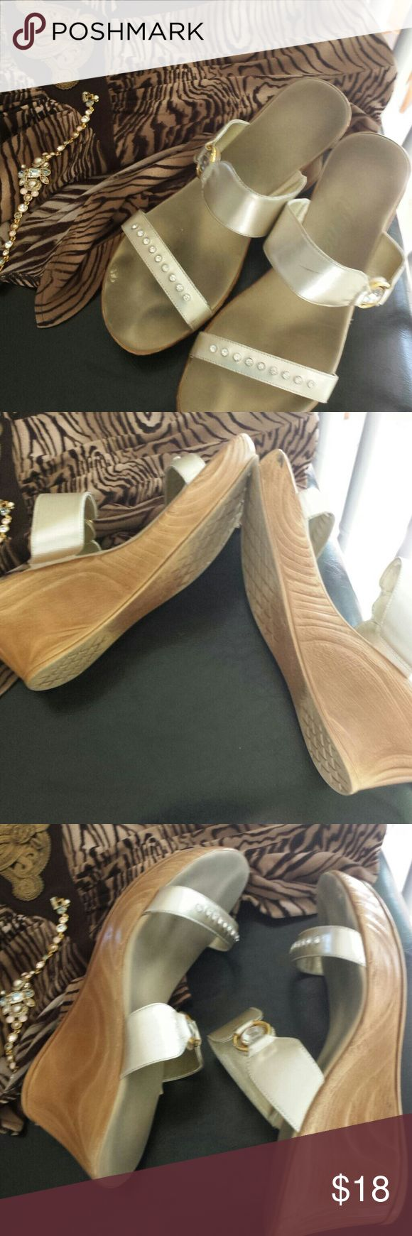 """Platinum Onex sandals Dress up in comfort with these classy sandals. I no longer reach for them..no more heels for me.. it's sad! 2 1/2"""" heel. Like walking on a cloud. Onex Shoes Platforms"""