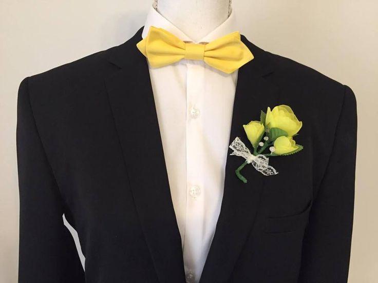 Boutonnière pour mariage - Rose fait main jaune et vert : Autres accessoires par fleurs-de-provence