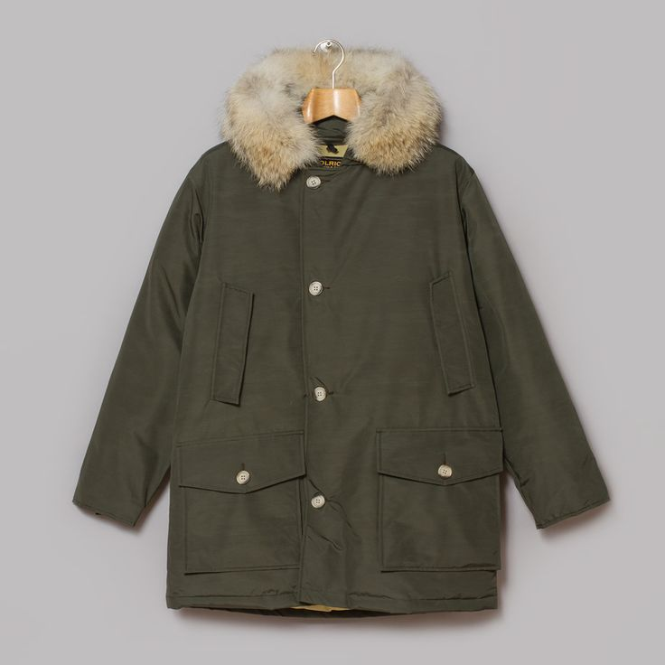 Woolrich Arctic Parka in Mill Street Olive