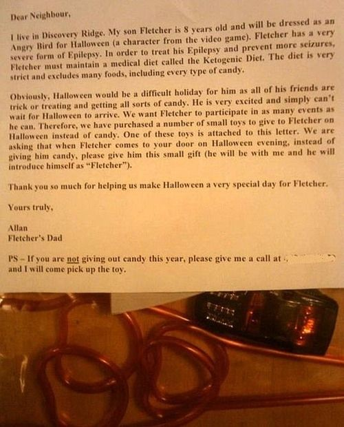 """""""24 People who are really nailing parenting""""  - This dad sent out letters to neighbors to give his child with epilepsy a special halloween! Absolutely adorable."""