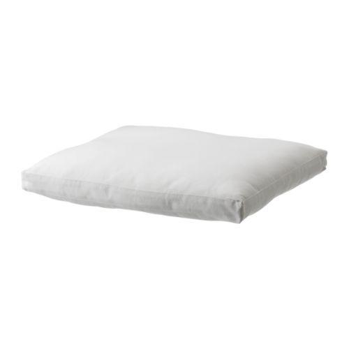 ARHOLMA Kussen IKEA Makkelijk schoon te houden; afneembare, wasbare kussenovertrek. Keerbaar, gaat daardoor langer mee.
