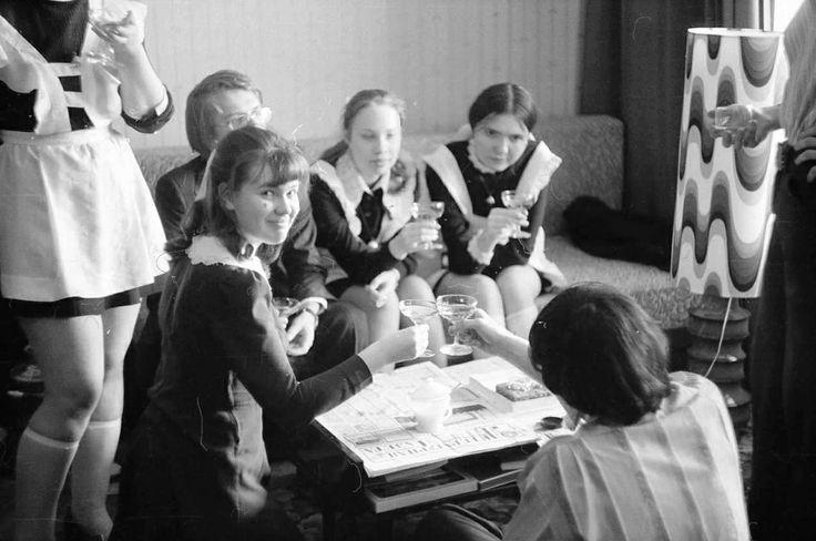 Записки скучного человека - Лица Советской эпохи. Часть 60. Жизнь московской школы №235