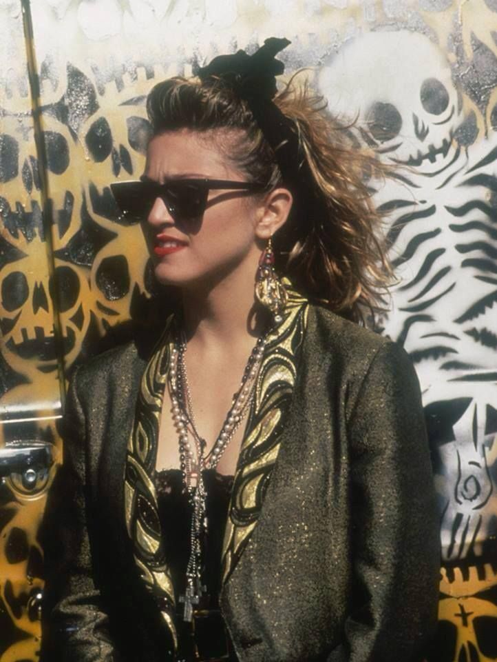 The all time classic Desperately Seeking Susan shot! My fav Madonna movie. What's yours? #madonna #desperatelyseekingsusan #madonna80's