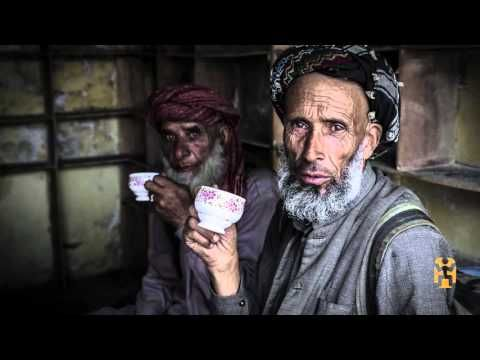 Photography Tips Series With Canon Master Richard I'Anson - World Nomads Scholarships - YouTube