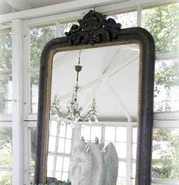 Fransk Spegel med ornament och gulddetalj - Jeanne d' Arc Living