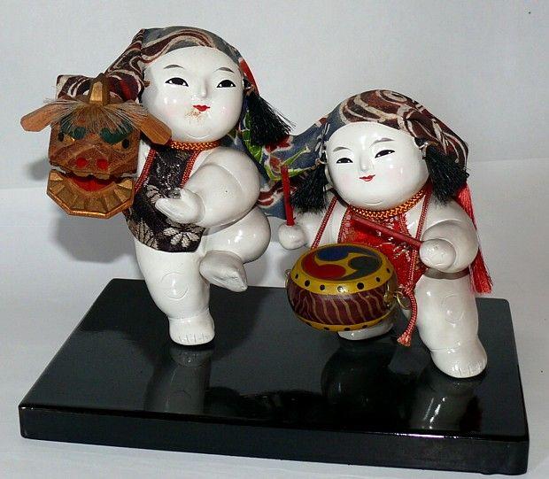 Japanese Kaga Gosho Twin Dolls of Lion-Dancers