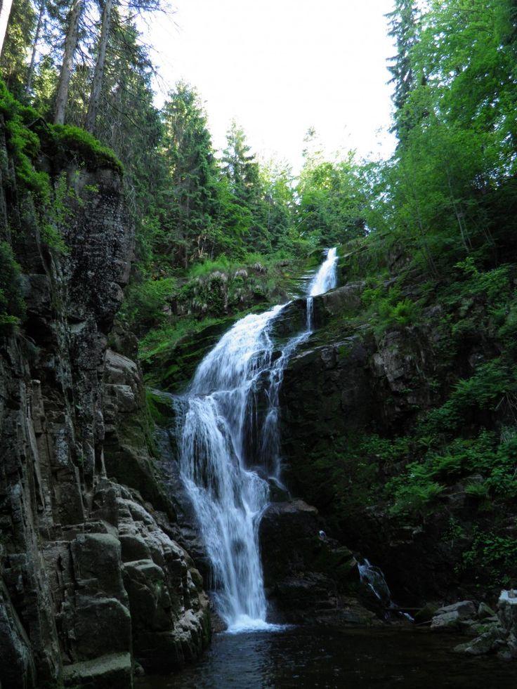 Przepiękny Wodospad Kamieńczyka w Szklarskiej Porębie to najwyższy wodospad w Karkonoszach i całych Sudetach