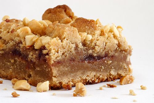 peanut butter and jelly bars...i will never stop loving pb & j!: Cookies Bar, Peanuts, Desserts Bars, Pecans Bar, Peanut Butter Jelly, Good Recipes, Brownies Bar, Pecan Pies Bar, Jelly Bar