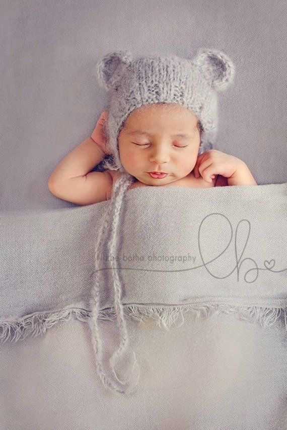 e4915b150 Knitted Baby Bear bonnet, fluffy newborn bear ears hat photo prop ...