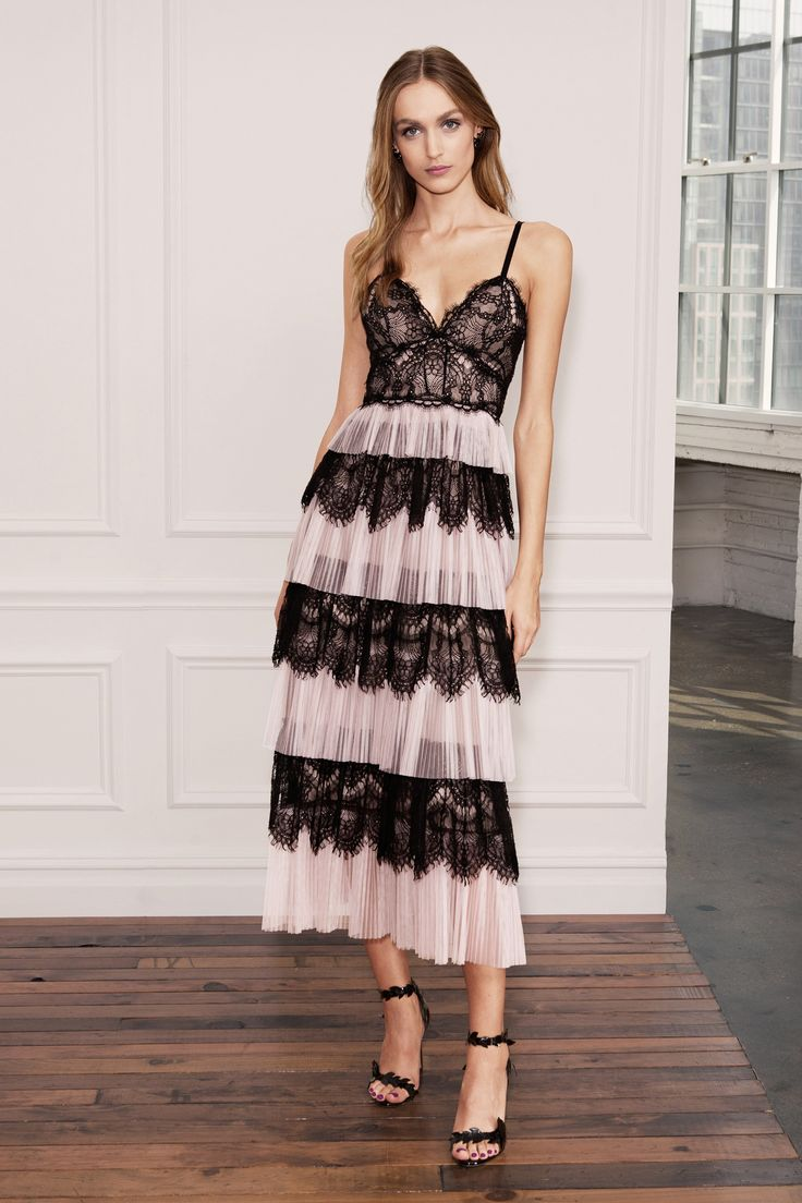 See the complete Marchesa Notte Spring 2018 Ready-to-Wear  collection.