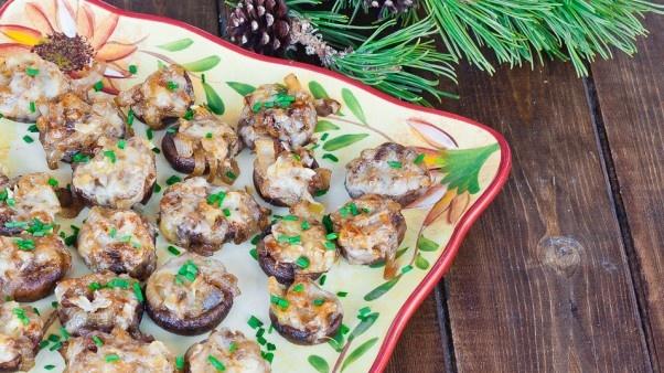 Angela Frey @Leigh O'Neil french onion soup stuffed mushrooms ...