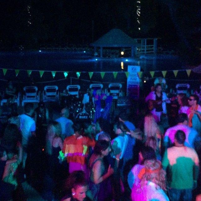 Seratona #esperiapalacehotel estate 2015 #salentoresort #sea #vacanza #viaggiare #puglia #cosebelle #divertimento #ballet #con Kiss&The Gang serata 70/80