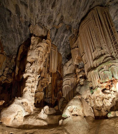 The Cango Caves, best known and most popular tourist caves in South Africa (by ksengog).