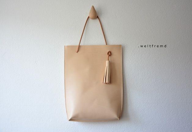 Ledertaschen - AKI minimalist purist Naturleder - ein Designerstück von weltfremd bei DaWanda