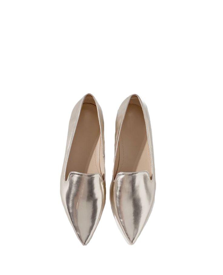Pointed-toe Slip-on Platform Shoes | BlackFive