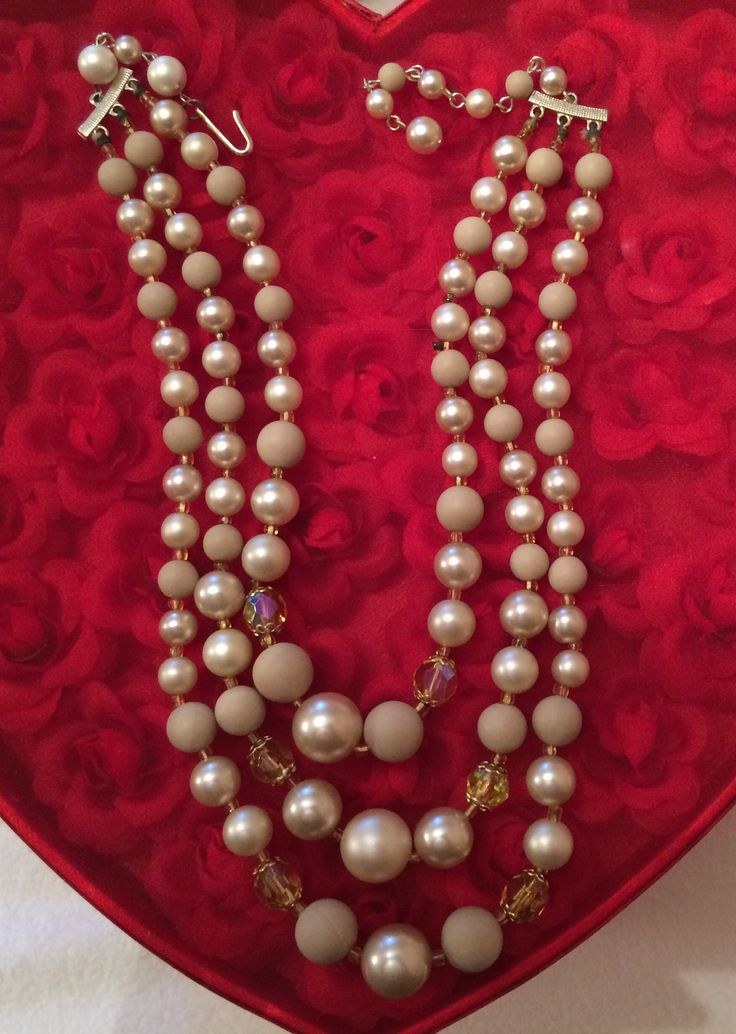 Vintage Crystal and Pearl Necklace
