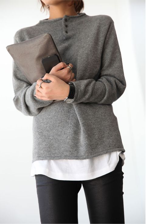 Palin grey pullover, Cool neck detail. Perfect match with a white T-shirt and jeans | Sophie ☁