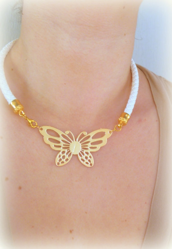 Butterfly white necklace faux leather by NNbraceletsandmore, €15.00