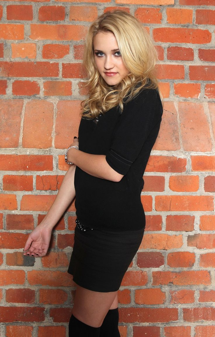 Emily Osment Bio Net Worth Boyfriend And Brother - Haley Joel Osment