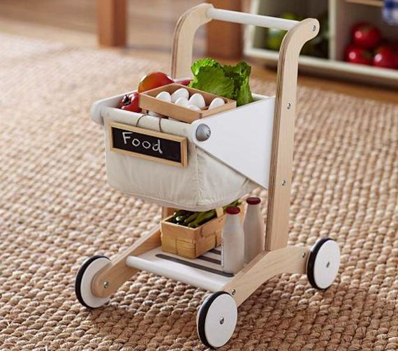 Wooden Shopping Cart. Cutest cart we've seen. A #CanDoBaby! fave.