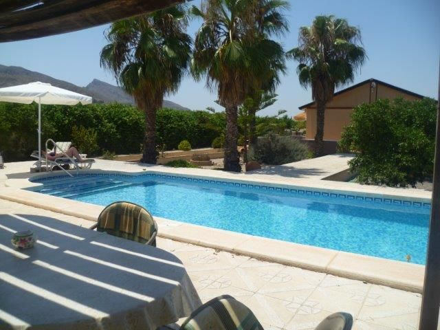 Reduced to 149950€ BUT will consider Sensible Offers for this very, very nice 3 bed country property with pool and all the paperwork up to date Ref: La Mat MB