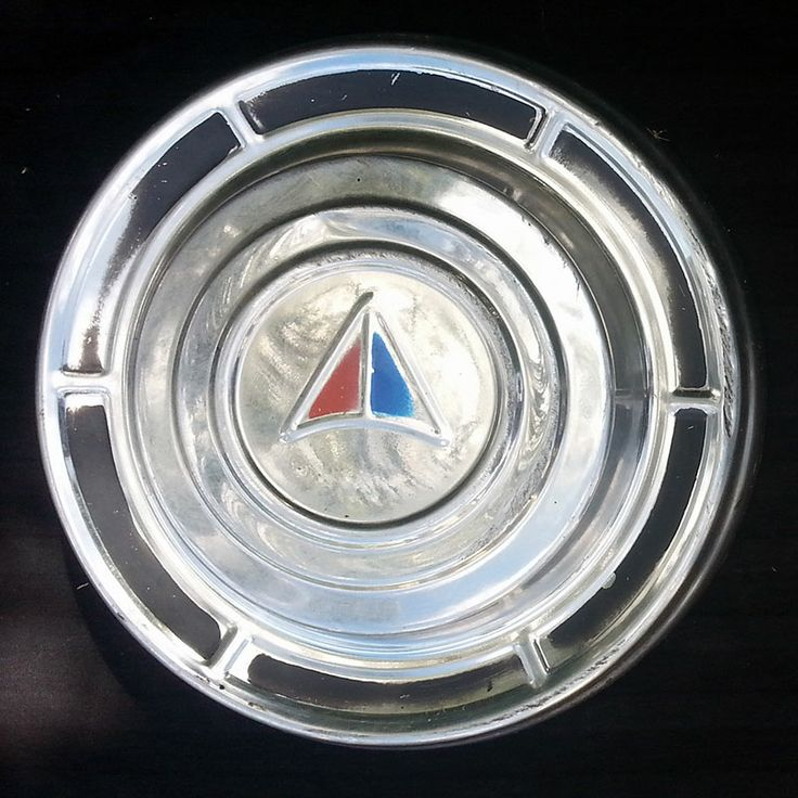'Vintage Valiant' - A Set of 4 VC Valiant Hubcaps. Not many of these around anymore - Be Quick. 'Classic Chrysler'