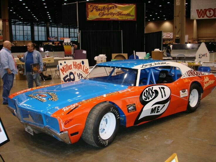 RACE CARS OF YESTERYEARS - L& L
