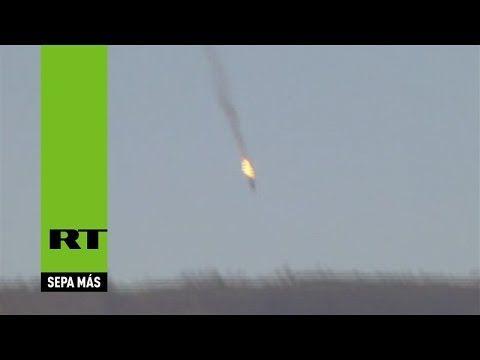 La caída del avión militar ruso derribado en Siria cerca de la frontera ...