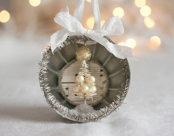 Vintage Jello Mold Christmas Ornament with by TheHeirloomShoppe