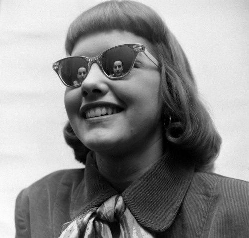 Bildergebnis für young lady with glasses from the 1930's