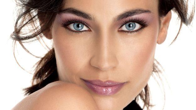 Восхитительный макияж для голубых глаз ::: onelady.ru ::: #makeup #eyes #eyemakeup