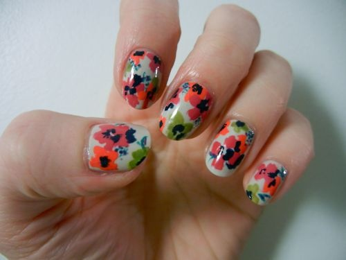 I can never have enough floral nails!: Inspirational Nails, Floral Nails, Art Inspiration, Flower Designs, Fingernail Designs, Beauty, Nail Art