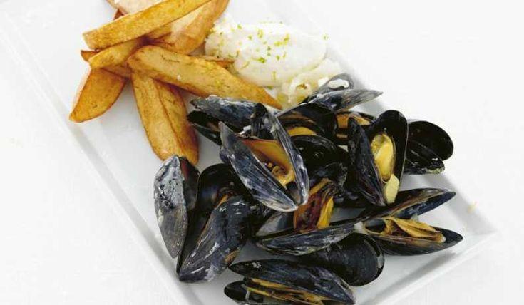 Moules frites med limeaioli - Carola Magnusson - Recept