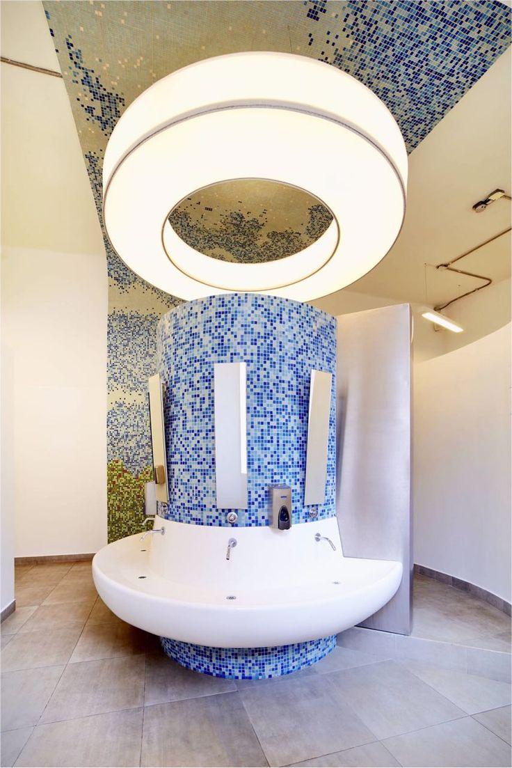 Baño primaria Gimnasio Moderno Bogotá
