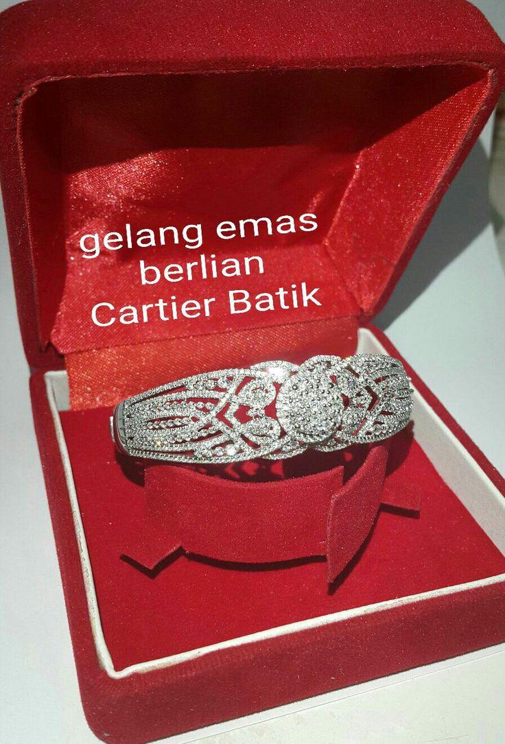 New Arrival. Gelang Emas Berlian Cartier Batik.   Toko Perhiasan Emas Berlian-Ammad +6282113309088/5C50359F  Cp.Antrika.  https://m.facebook.com/home.php #investasi#diomond#gold#beauty#fashion#elegant#musthave#tokoperhiasanemasberlian