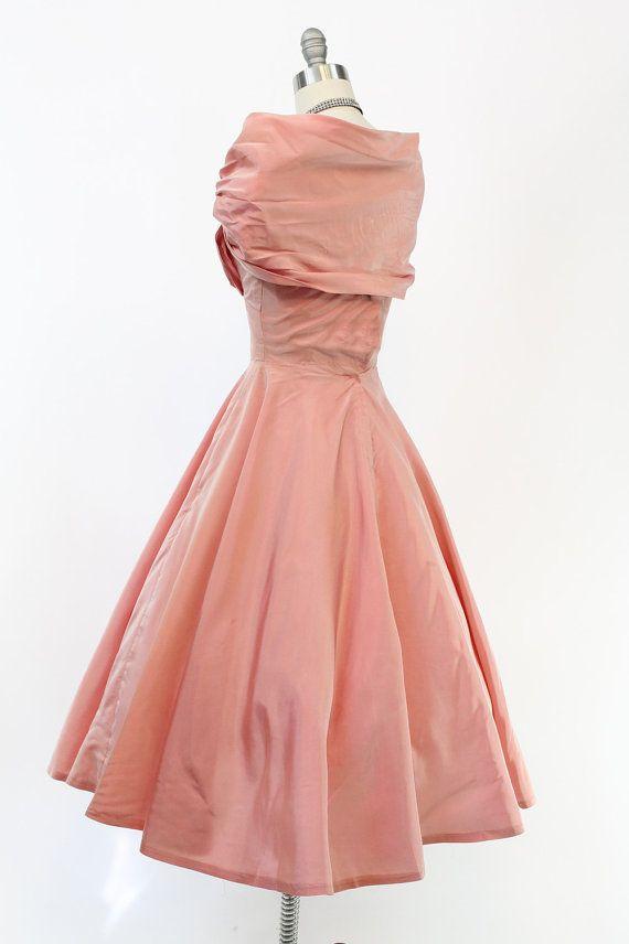 https://www.etsy.com/es/listing/249900078/anos-50-lilli-diamante-xs-vestido-de